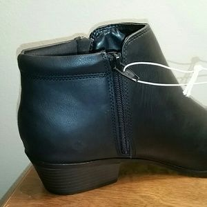 Mossimo Rita Double-Side Zipper Short Ankle Boots Black NEW